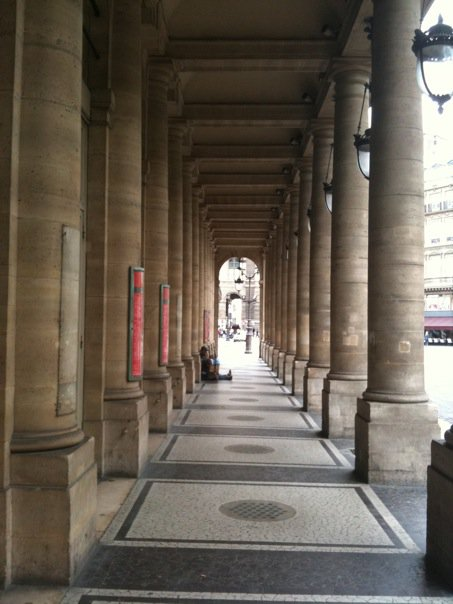 My fav hallway, close to the Louvre