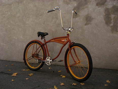 "Bike (via <a href=""http://www.flickr.com/photos/bikeman04/1677527193/"">xddorox</a>)"