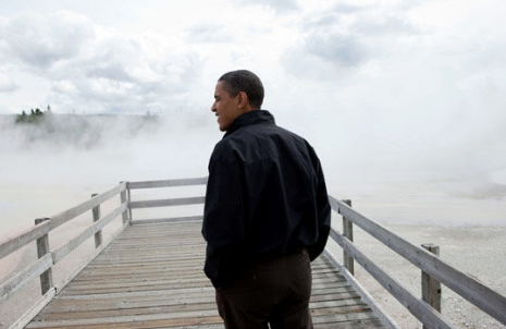 "Obama at Yellowstone (via <a href=""http://www.digitaljournal.com/image/56755"">Pete D'Souza</a>)"