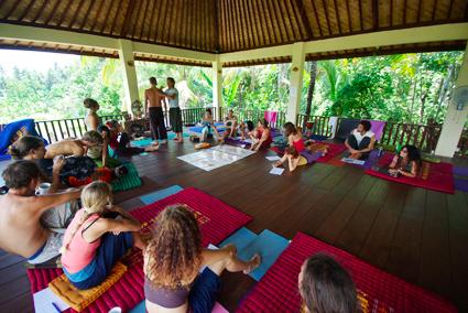 "Bali Course (via <a href=""http://omfactorynyc.com/retreats/shanti-agung-bali-retreat.htm"">omfactory</a>)"