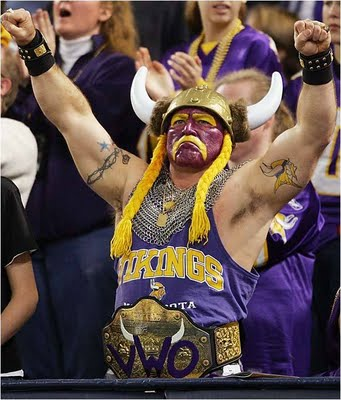 "Viking Fan! (Via <a href=""http://nowthatsnifty.blogspot.com/2009_09_27_archive.html"">NowThat'sNifty</a>.)"
